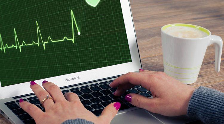 Wie man den Akku benutzt, d.h. kümmern wir uns um das Herz des Laptops